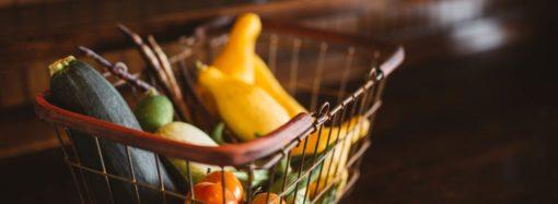 Comment gérer son budget en adoptant une attitude plus écologique et en minimisant les dépenses alimentaires ?